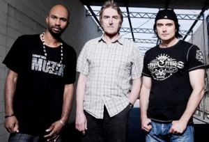 Leverte ikke varene: f.v. Anthony Crawford (bass), Allan Holdsworth (gitar) og Virgil Donati (trommer).